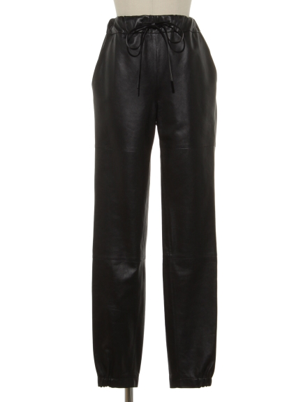 シクラス(CYCLAS)のSEMI SHINY LEATHER GATHER PANTS タックパンツ